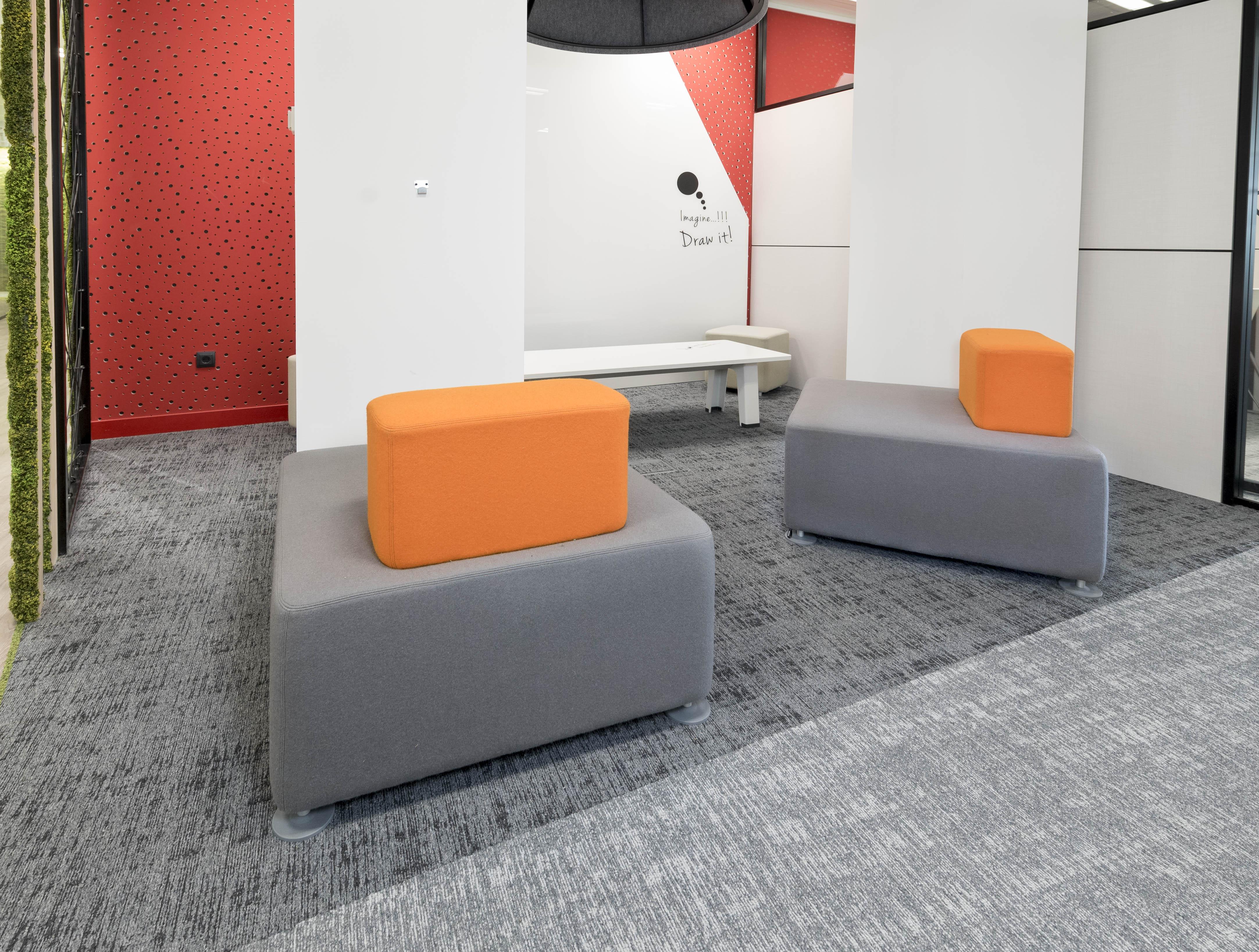 Oficinas centrales madrid onspace creamos espacios for Oficinas de axa en madrid